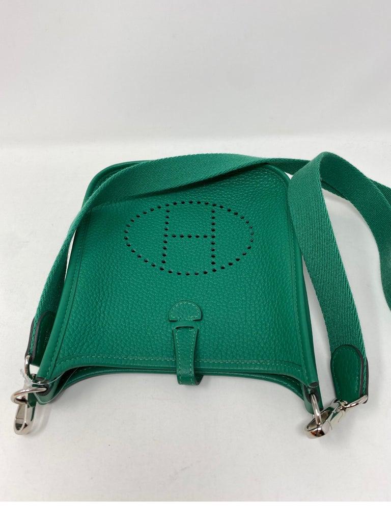 Hermes Vertigo Green Evelyne TPM Bag For Sale 6