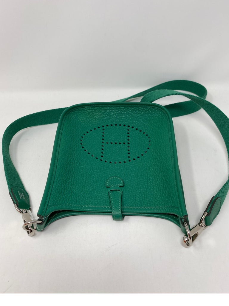 Hermes Vertigo Green Evelyne TPM Bag For Sale 7