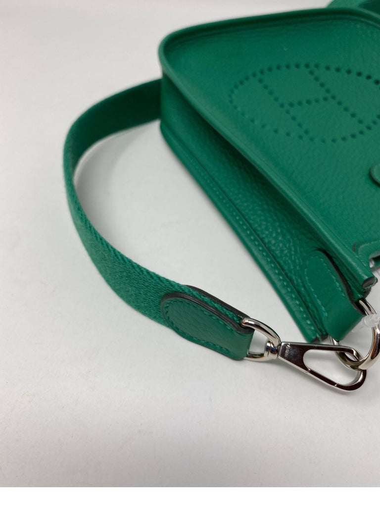 Hermes Vertigo Green Evelyne TPM Bag For Sale 8
