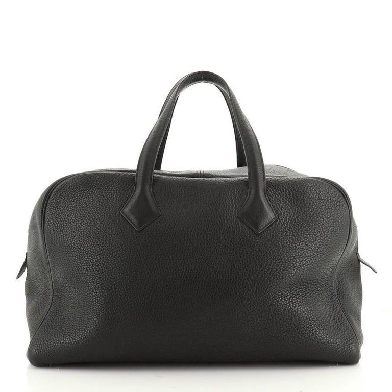 Hermes Victoria II Travel Handbag Clemence 43  In Good Condition For Sale In New York, NY