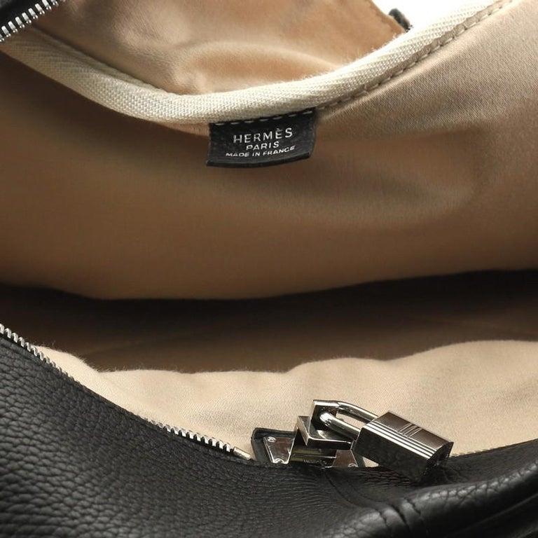 Hermes Victoria II Travel Handbag Clemence 43  For Sale 2