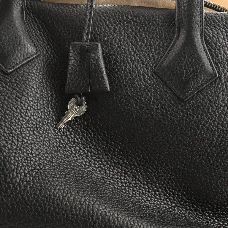 Hermes Victoria II Travel Handbag Clemence 43  For Sale 3