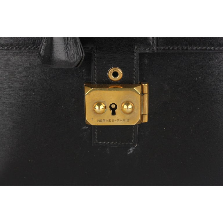 Hermes Vintage Black Leather Box Sac a Depeche Shoulder Bag In Good Condition In Rome, Rome