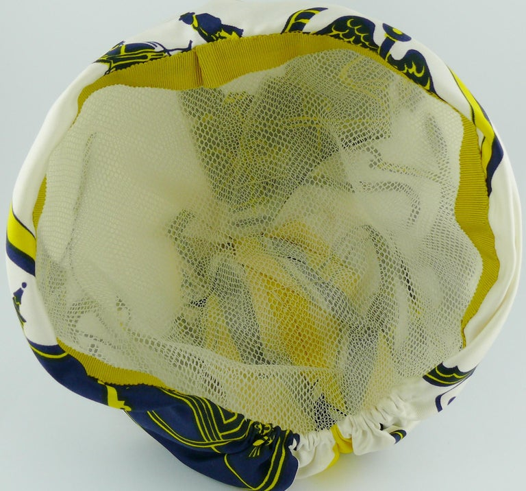 Hermes Vintage Carriages Silk Turban Hat  For Sale 6
