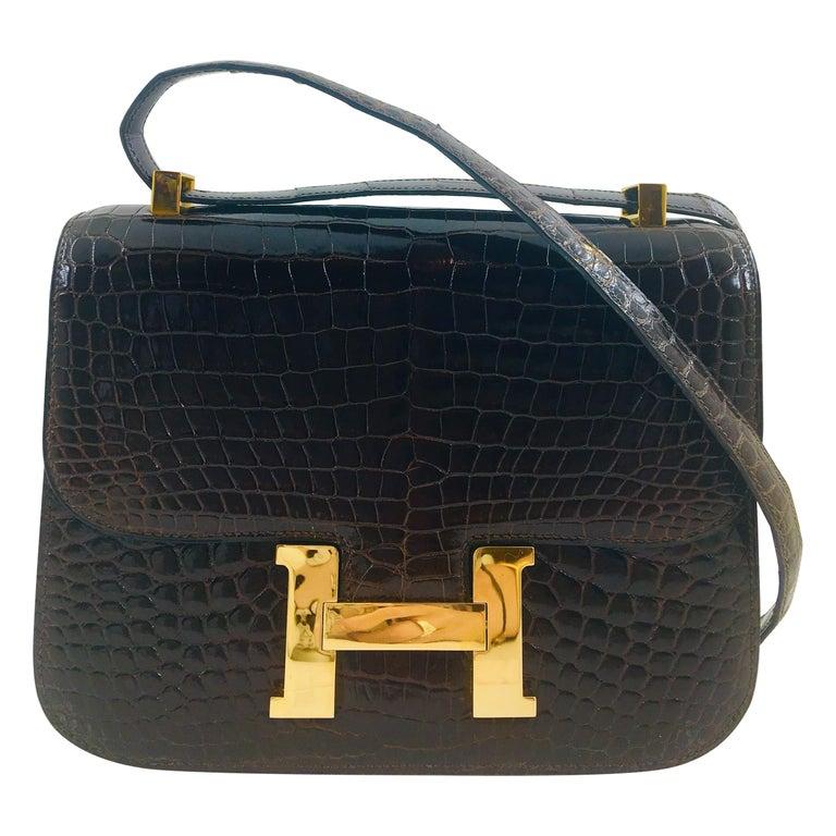 Hermes vintage Constance 23 in brown crocodile For Sale