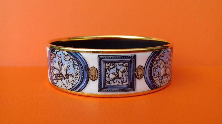 Hermès Vintage Enamel Bracelet Wedgwood Ledoux Gold plated Hdw Size 65 For Sale 6
