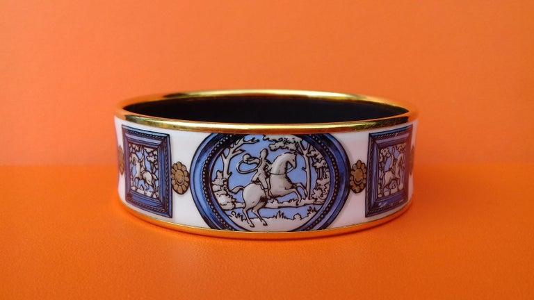 Hermès Vintage Enamel Bracelet Wedgwood Ledoux Gold plated Hdw Size 65 For Sale 1