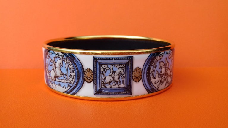 Hermès Vintage Enamel Bracelet Wedgwood Ledoux Gold plated Hdw Size 65 For Sale 2
