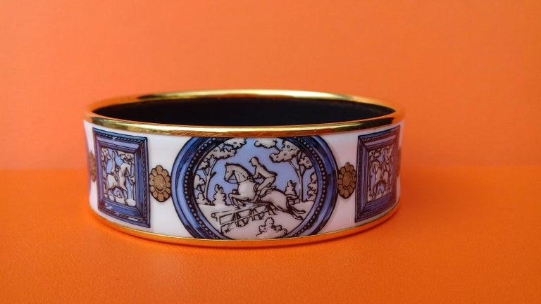 Hermès Vintage Enamel Bracelet Wedgwood Ledoux Gold plated Hdw Size 65 For Sale 3