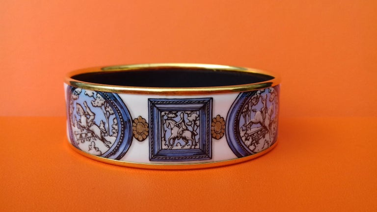 Hermès Vintage Enamel Bracelet Wedgwood Ledoux Gold plated Hdw Size 65 For Sale 4