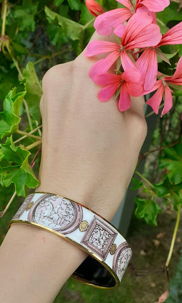 Hermès Vintage Enamel Bracelet Wedgwood Pink Gold Hdw Size GM 70 RARE  9