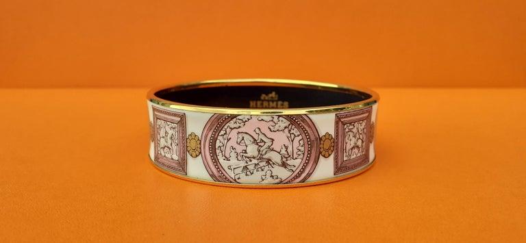 Hermès Vintage Enamel Bracelet Wedgwood Pink Gold Hdw Size GM 70 RARE  In Good Condition In ., FR