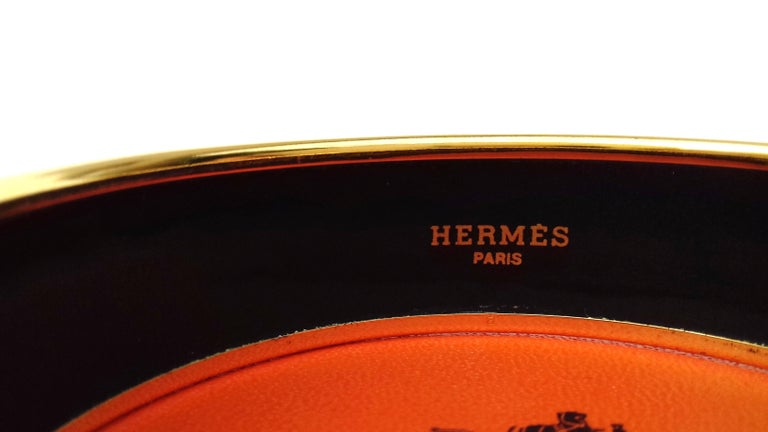 Hermès Vintage Enamel Printed Bracelet Greyhound Dogs Levriers Ghw Size 65 For Sale 8