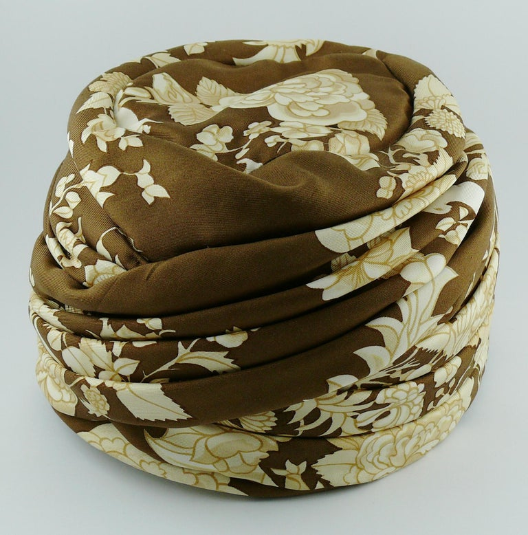 Hermes Vintage Flowers and Birds Silk Turban Hat  For Sale 1