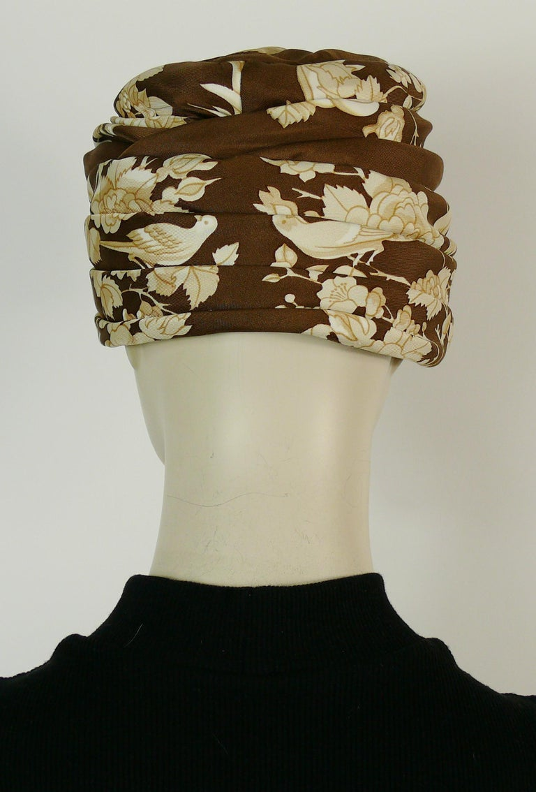 Hermes Vintage Flowers and Birds Silk Turban Hat  For Sale 4