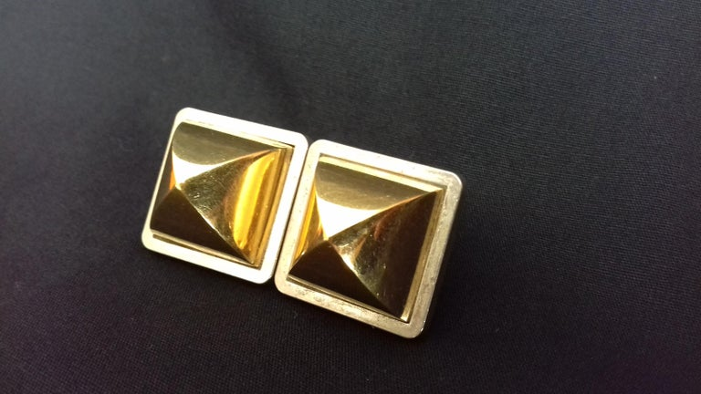 Hermès Vintage Golden and Silver Metallic Clip-On Medor Earrings In Good Condition For Sale In ., FR
