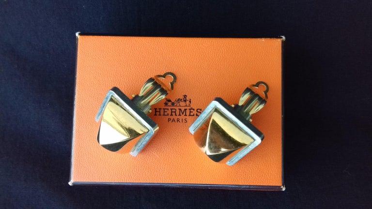 Hermès Vintage Golden and Silver Metallic Clip-On Medor Earrings For Sale 2