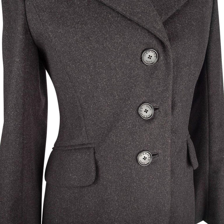 Black Hermes Vintage Jacket Charcoal Cashmere Velvet Collar  Rear Keyhole Vent  38   For Sale