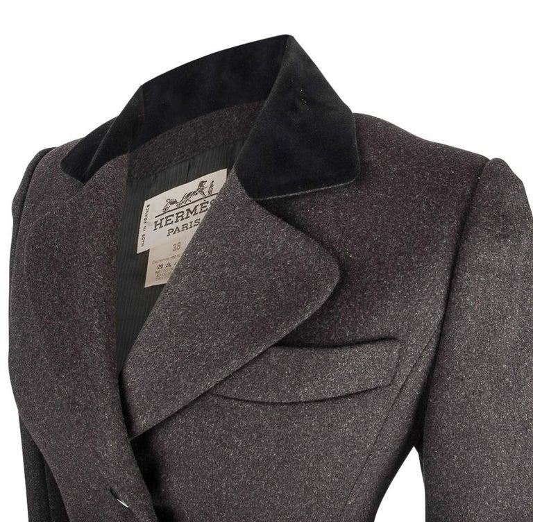 Hermes Vintage Jacket Charcoal Cashmere Velvet Collar  Rear Keyhole Vent  38   For Sale 3