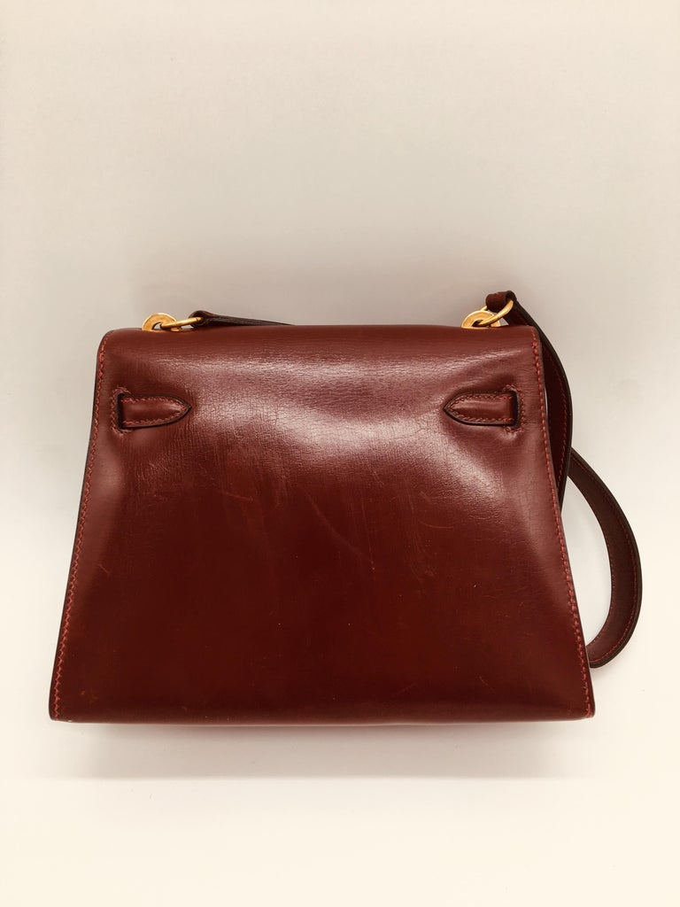 A beautiful Vintage Kelly in classic Rouge H, this Mini Kelly is a perfect evening bag, but still has enough room to accommodate our modern requirements, including smart phones for use during the day.  At 30 years old this is a true vintage piece.