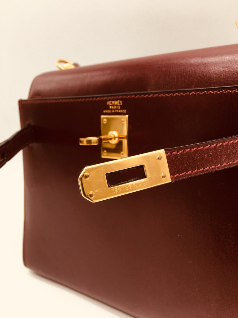 Hermes vintage Kelly 20cm Rouge H in Box leather In Good Condition For Sale In London, GB