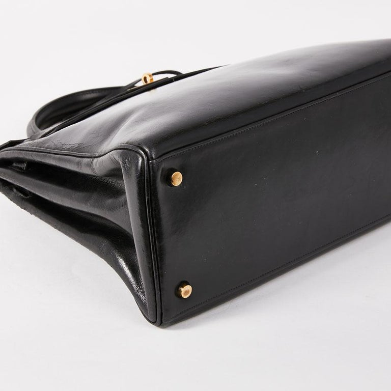 HERMES Vintage Kelly 32 Bag in Black Box Leather 3