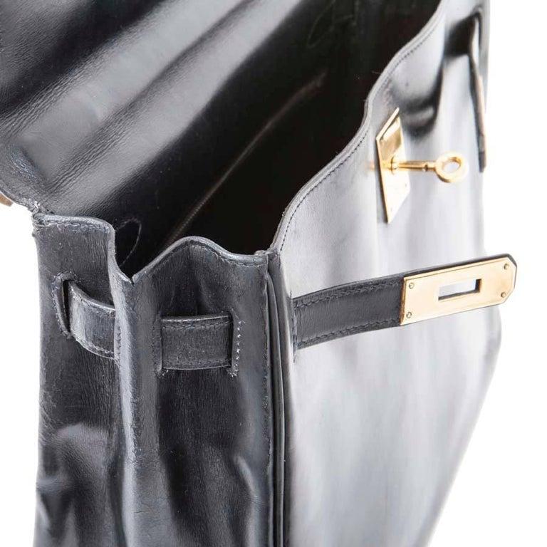 HERMES Vintage Kelly 32 Bag in Black Box Leather For Sale 4