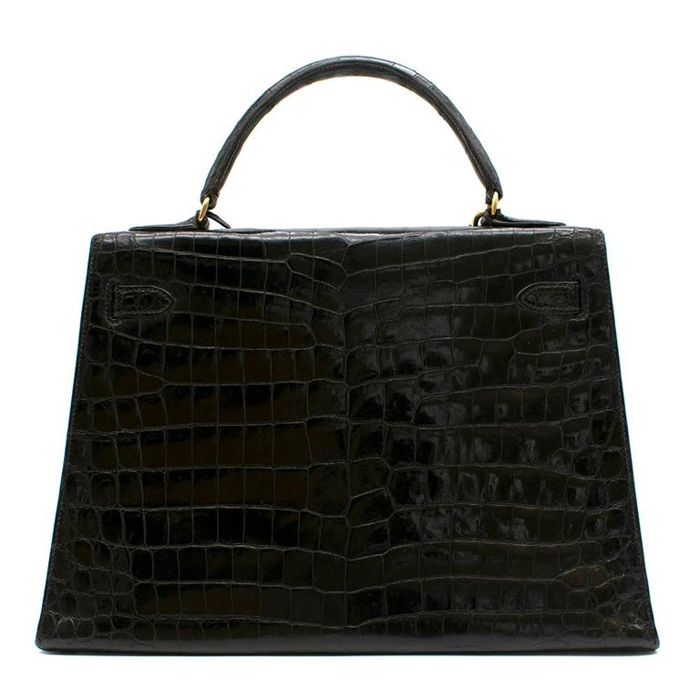 Hermès Vintage Kelly Sellier 32 in Black Niloticus Crocodile GHW In Excellent Condition For Sale In London, GB