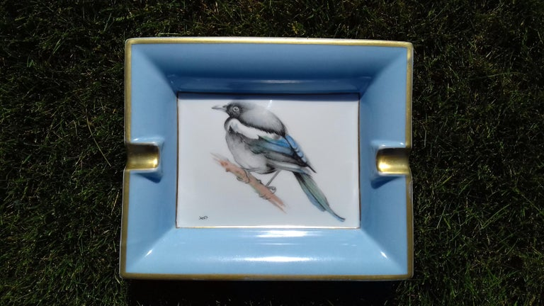 Rare Authentic Hermès Ashtray  Pattern: Magpie (Pie)  Made in France  Made of Printed Porcelain of Limoges and golden edges  Colorways: White, Blue, Black, White, Green