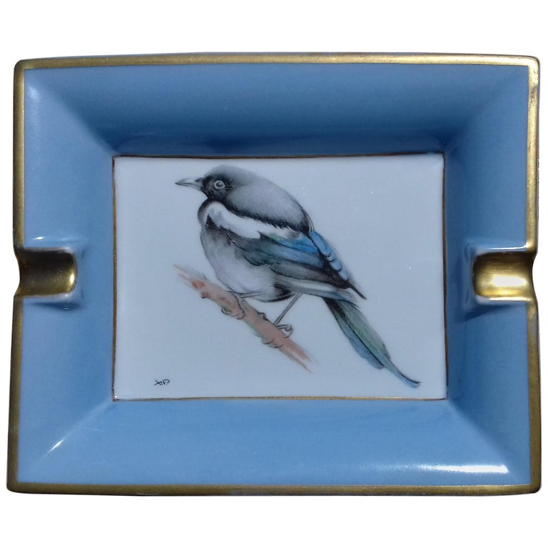 Hermès Vintage Limoges Porcelain Ashtray Change Tray Pie Magpie Xavier de Poret For Sale