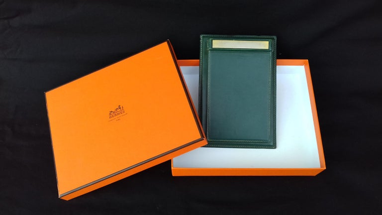 Hermès Vintage Notepad Cover / Holder in Green Box Leather For Sale 6