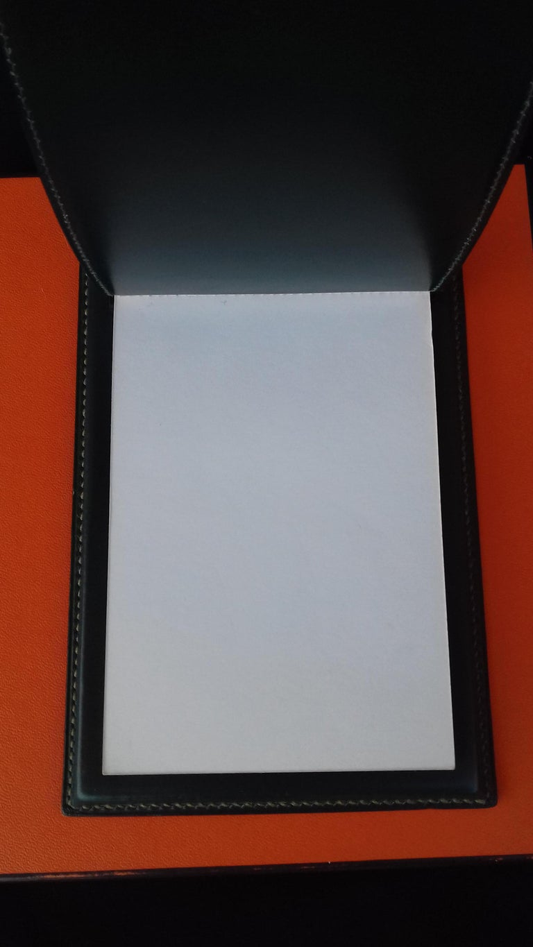 Hermès Vintage Notepad Cover / Holder in Green Box Leather For Sale 1