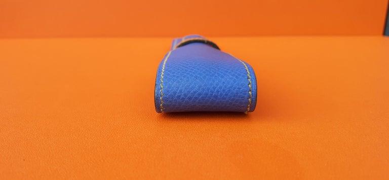 Women's or Men's Hermès Vintage Pencil Pen Case Courchevel Leather Blue Yellow RARE For Sale
