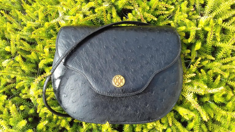 Hermès Vintage Pola Purse Clutch Evening Bag 2 ways Black Ostrich Golden Hdw For Sale 14