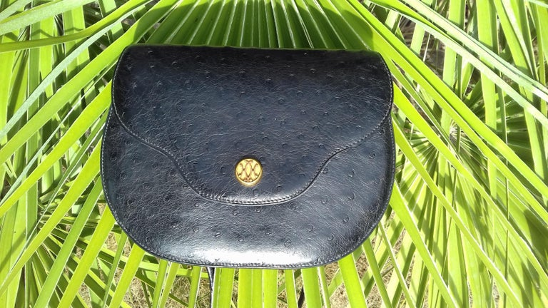 Hermès Vintage Pola Purse Clutch Evening Bag 2 ways Black Ostrich Golden Hdw For Sale 15