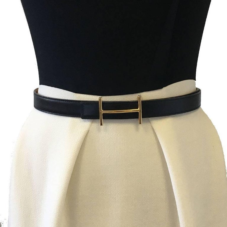 HERMES Vintage Reversible Belt in Black Box Leather and Epsom Gold Leather 78 In Good Condition For Sale In Paris, FR