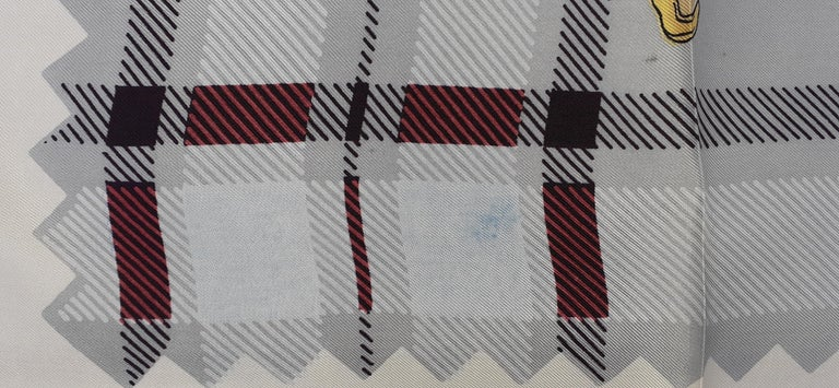 Hermès Vintage Silk Scarf Bagpipe Cornemuse United Kingdom Grygkar 1951 RARE For Sale 2