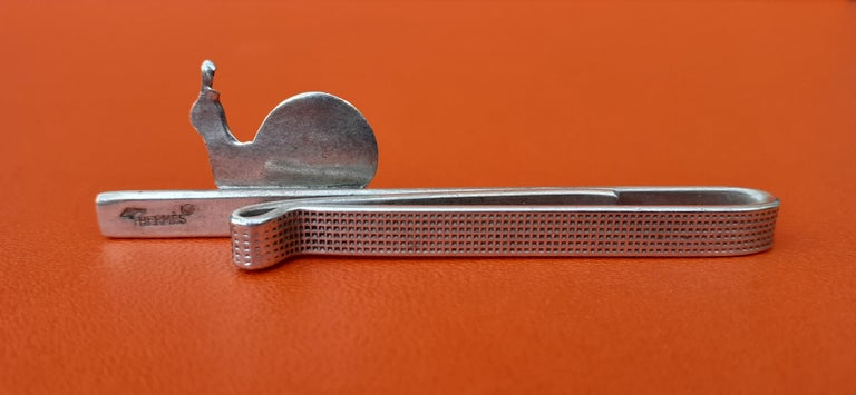 Hermès Vintage Tie Clip in Silver Snail Pattern Rare In Good Condition In ., FR