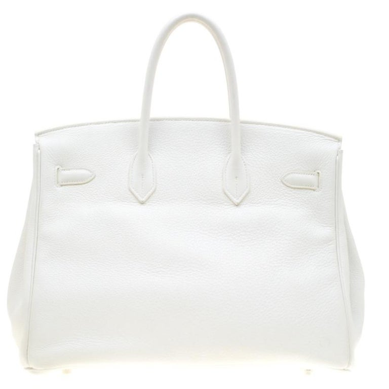 It was a significant day in the history of handbags when Jane Birkin met Jean-Louis Dumas, the Chief Executive of Hermes in 1981. The meeting led to the creation of the Birkin; a bag that is no less than a blessing to the world of luxury. Through