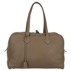 Hermes Woman Victoria Brown