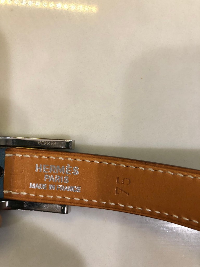 Hermes Women's Size 75 Light Blue + Silver Leather Quentin H Logo Thin Belt In Excellent Condition For Sale In Chicago, IL