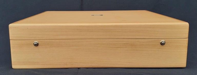Hermès Wooden Box Chest to Store Scarves or Jewelry RARE For Sale 1