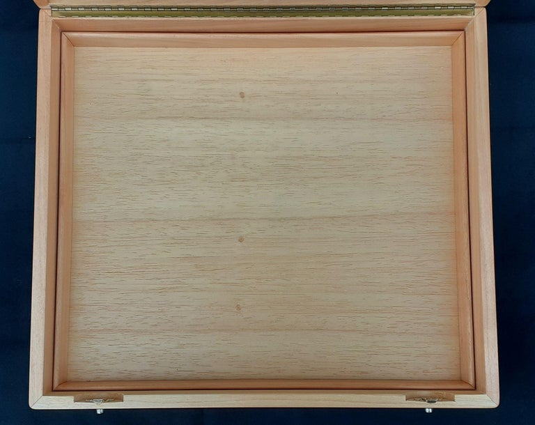 Hermès Wooden Box Chest to Store Scarves or Jewelry RARE For Sale 2