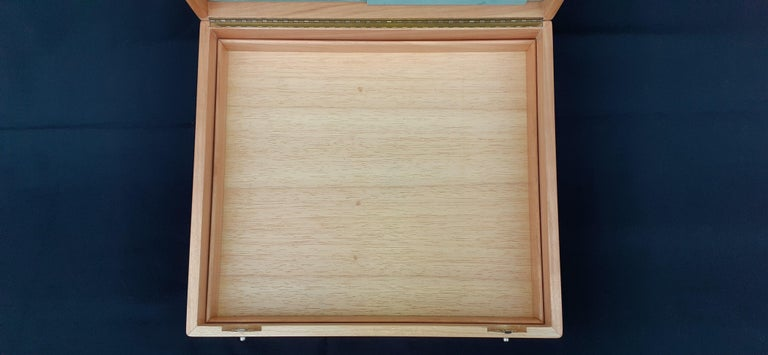 Hermès Wooden Box Chest to Store Scarves or Jewelry RARE For Sale 3