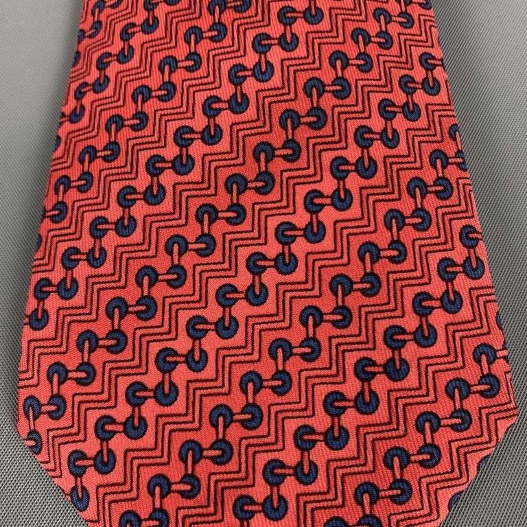HERMES Zig-Zag Print Red Silk Tie In Excellent Condition For Sale In San Francisco, CA