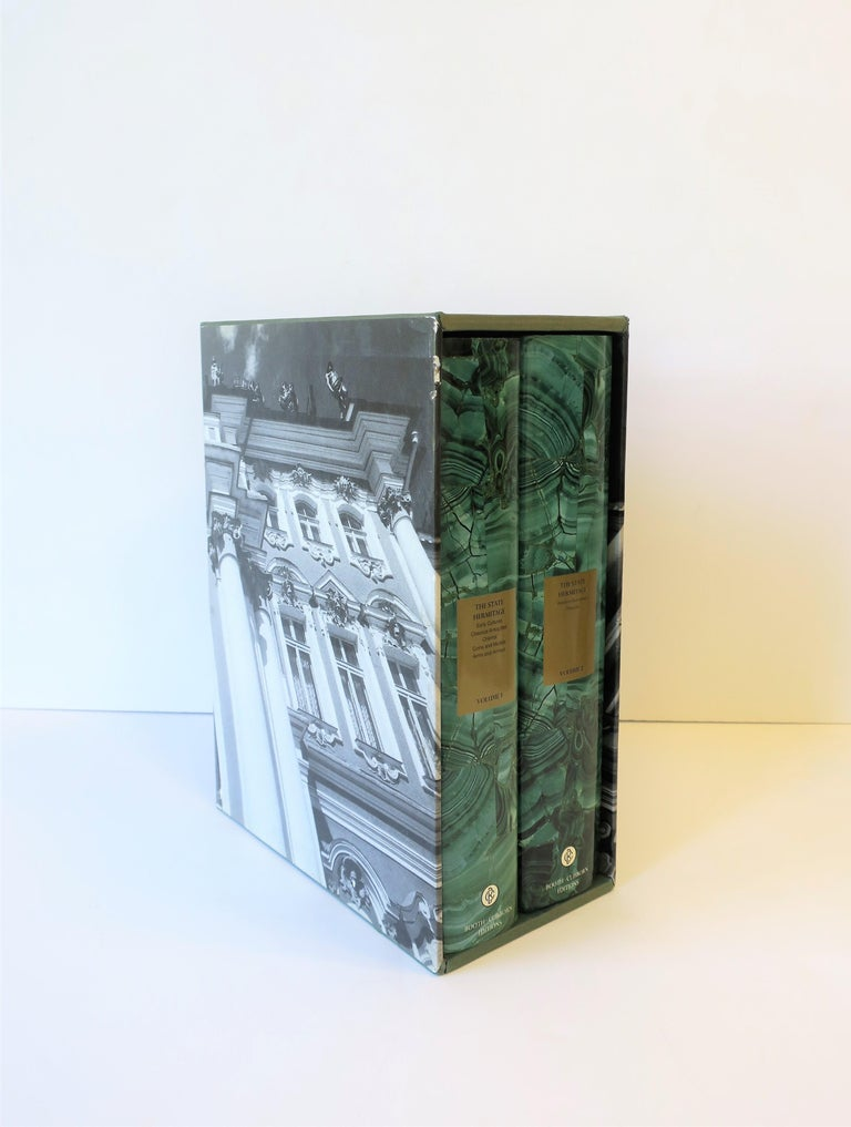 Hermitage Museum Coffee Table of Library Books with Malachite Green Dust Jackets In Good Condition For Sale In New York, NY