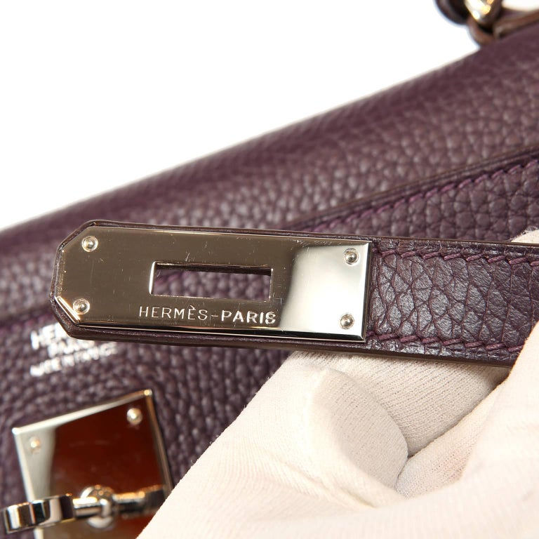 Hermès Raisin Togo 32 cm Kelly Bag For Sale 3