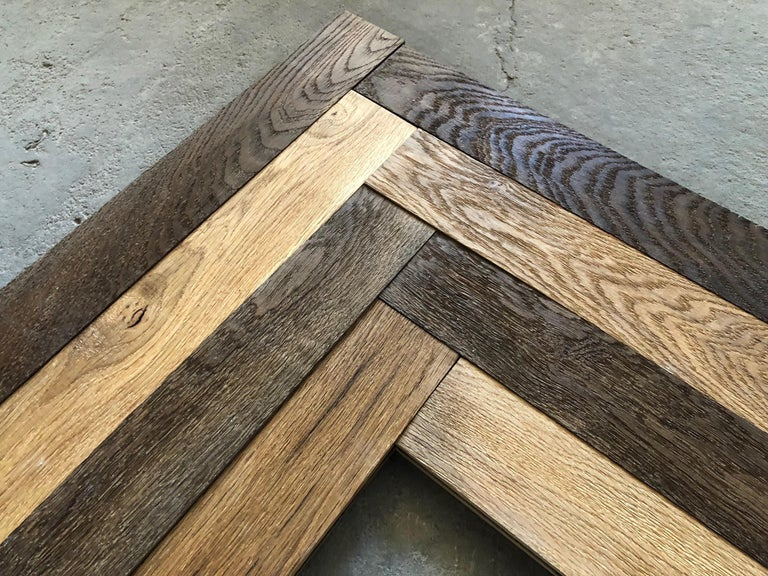 Excellent quality of French antique solid wood oak flooring from France, Herringbone pattern. Solid antique wood oak planks from 18th and 19th century, reclaimed and re-used as an Herringbone pattern (Chevron pattern possible as well as Parquet de