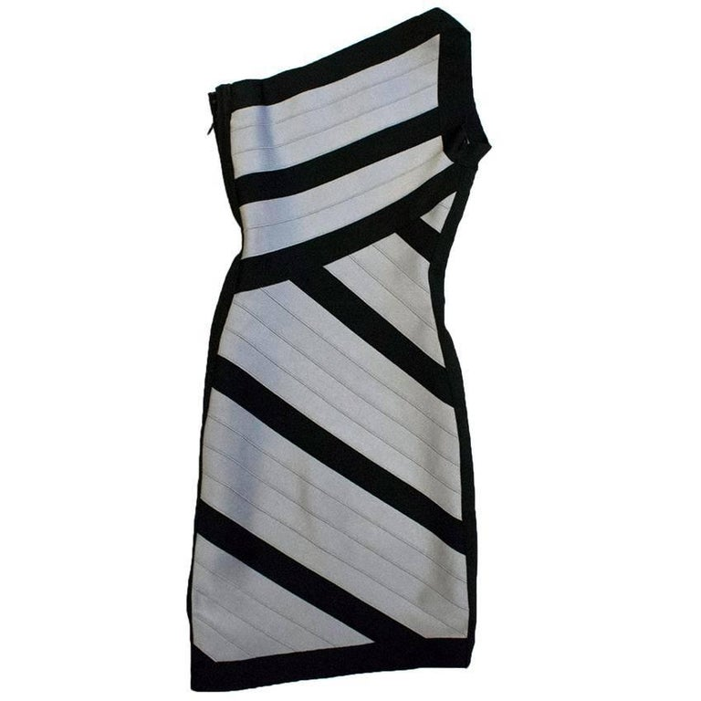 Herve Leger Black and Grey One Shoulder Body-Con Dress XS For Sale 2