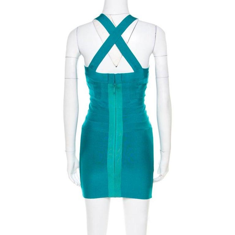 Herve Leger Jade Green Cross Back Detail Mini Bandage Dress XS In Excellent Condition In Dubai, Al Qouz 2